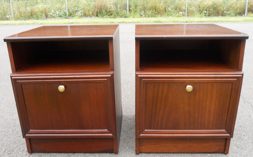 Pair Mahogany Reproduction Bedside Cabinets by Rossmore